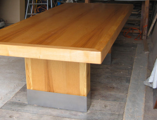 Table en frêne massif et Inox